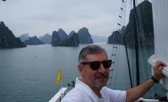 Halong Bay, Vietna
