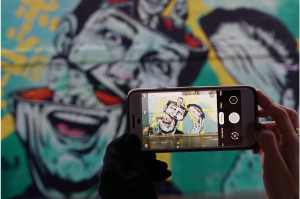 Viajar conectado: roaming ou chip? (VÍDEO)