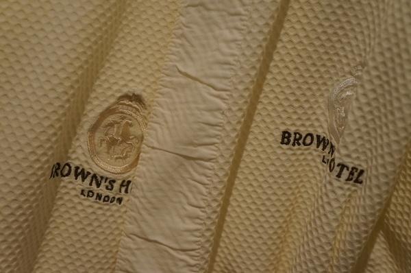 Conhece o Brown`s, o mais antigo hotel de Londres? (VÍDEO)